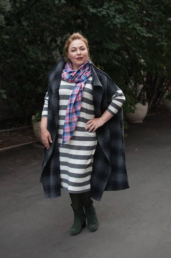 Модные жилеты, трикотажное платье, как носить платок