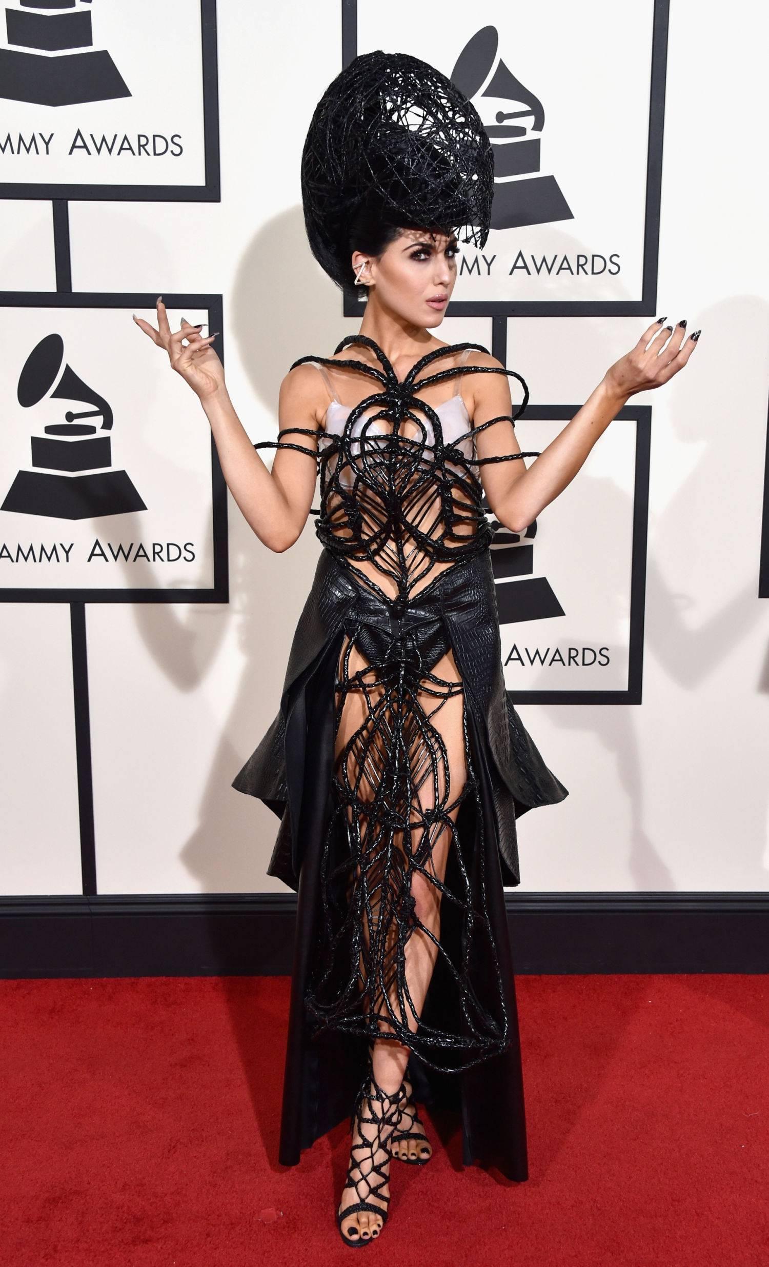 Худшие платья звезд 2016 года