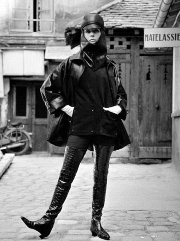 Ботфорты Ив Сен-Лоран 1963 год