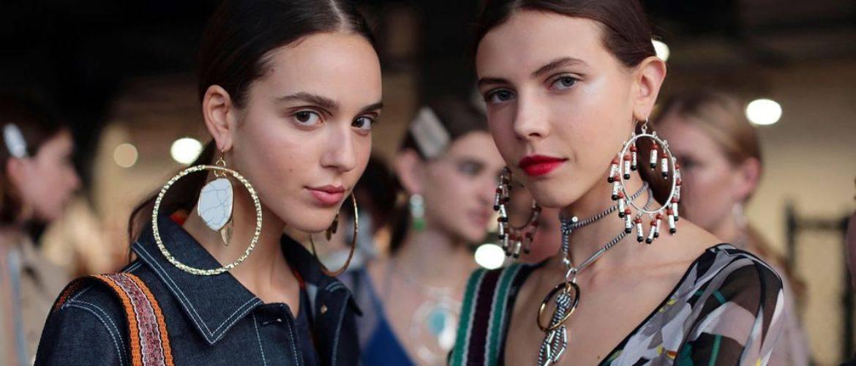модные аксессуары весна лето 2018 сережки какие в моде как носить