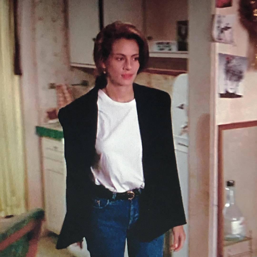 красотка костюмы из фильма Джулия Робертс джинсы блейзер футболка