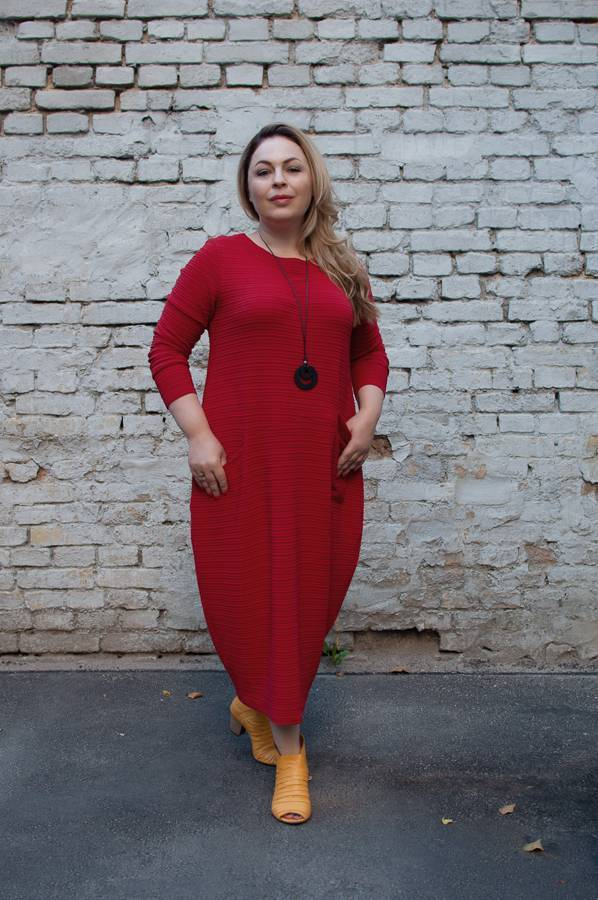 красное платье модный цвет 2017 гренадин с чем носить Зося Янишевска