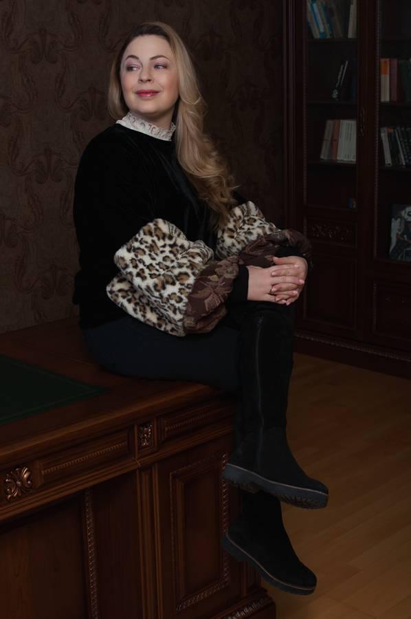 леопардовый принт с чем как носить кому идет свишот ботфорты