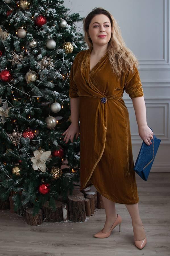 бархатное платье из бархата как носить с чем носить платье на запах