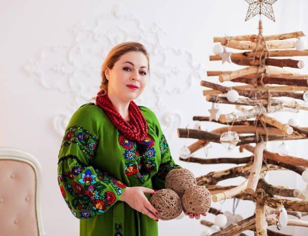 В чем встречать Новый год платье вышиванка
